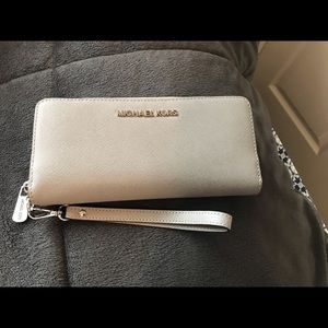 New Michael Lots Taupe Zip Wallet